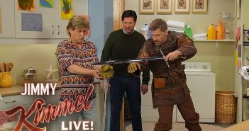 """Jimmy Kimmel stages GAME OF THRONES """"spinoff"""" with 'Full House Lannister'"""