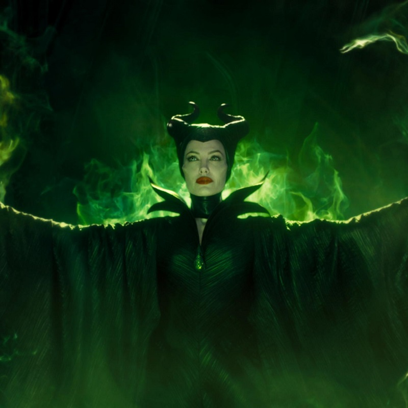 Maleficent Mistress Of Evil Trailer Sparks A New War The